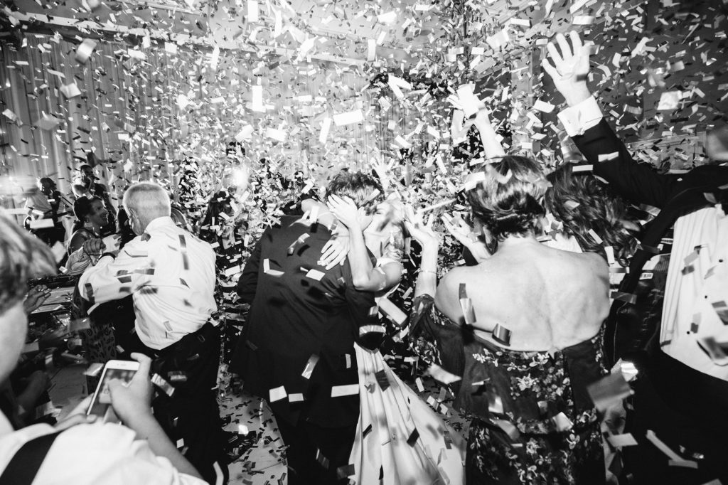 Country Club of Orlando Wedding Confetti